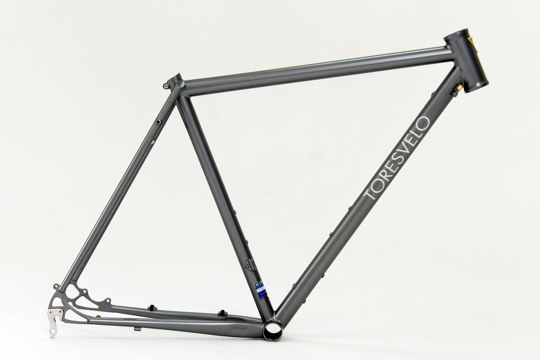 Toresvelo. Custom bikes from the dusty wasteland-1.jpg