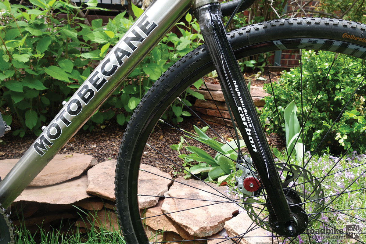 The carbon Motobecane fork with alloy crown.