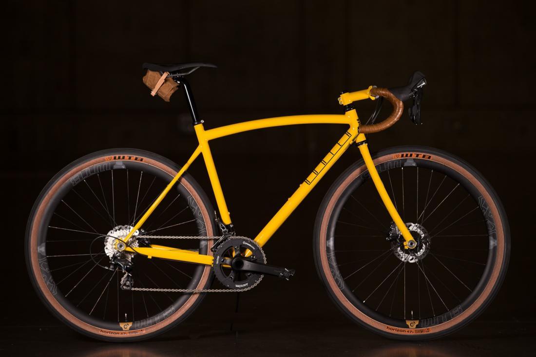 All-Road / Touring / Gravel Bike List - Frame Geometry Archive-2016-nahbs-hunter-disc-all-road-1-1335x890%402x.jpg