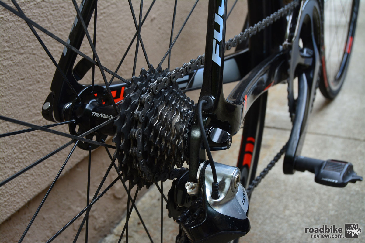 Cassette is Shimano Dura Ace 9000, 11-25T, 11-speed.
