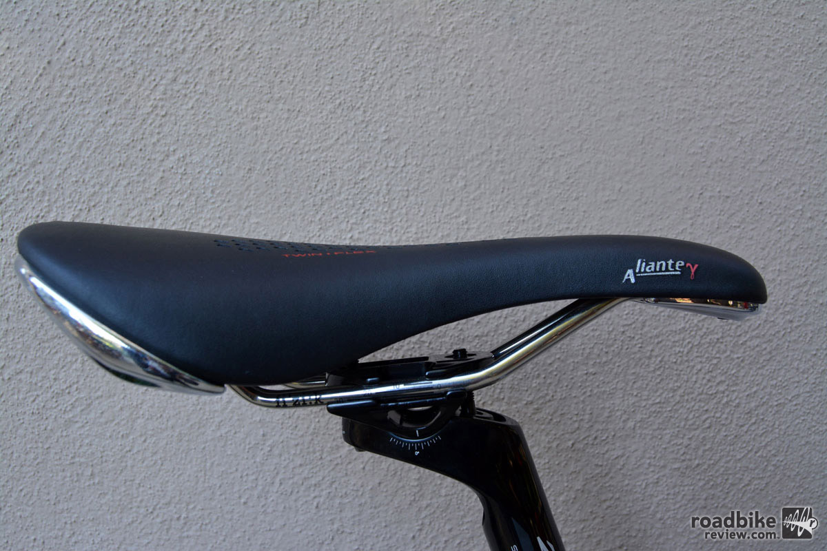 The saddle is better suited to commuting than racing.