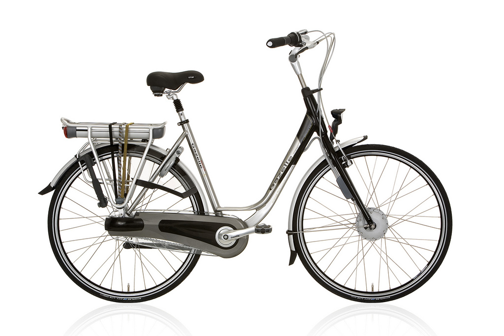 Original Dutch Bicycle Brand Brings E-Bikes to the United States;