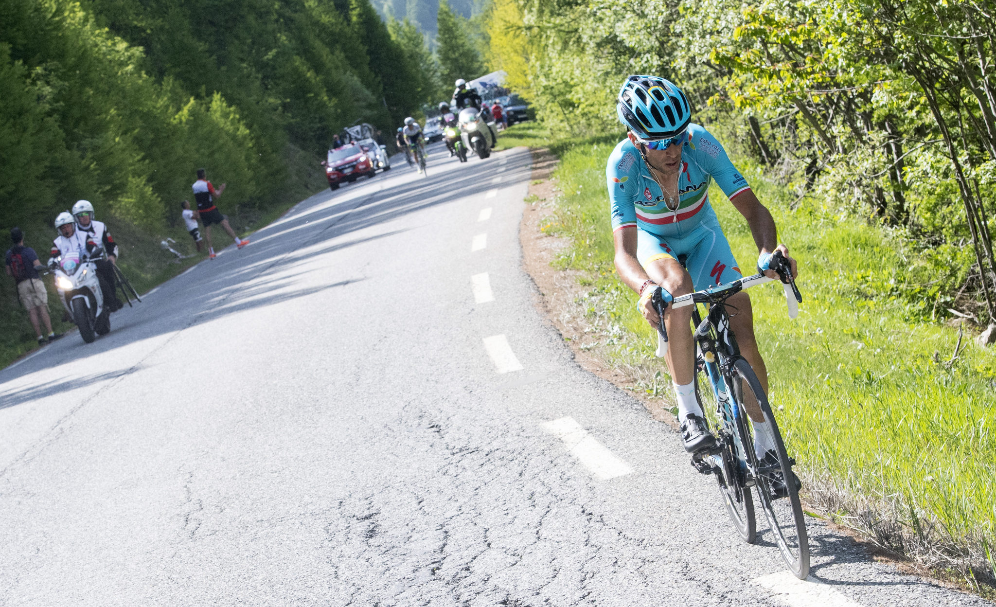 Nibali (Astana) headed to victory in Risoul. Photo by ANSA/CLAUDIO PERI
