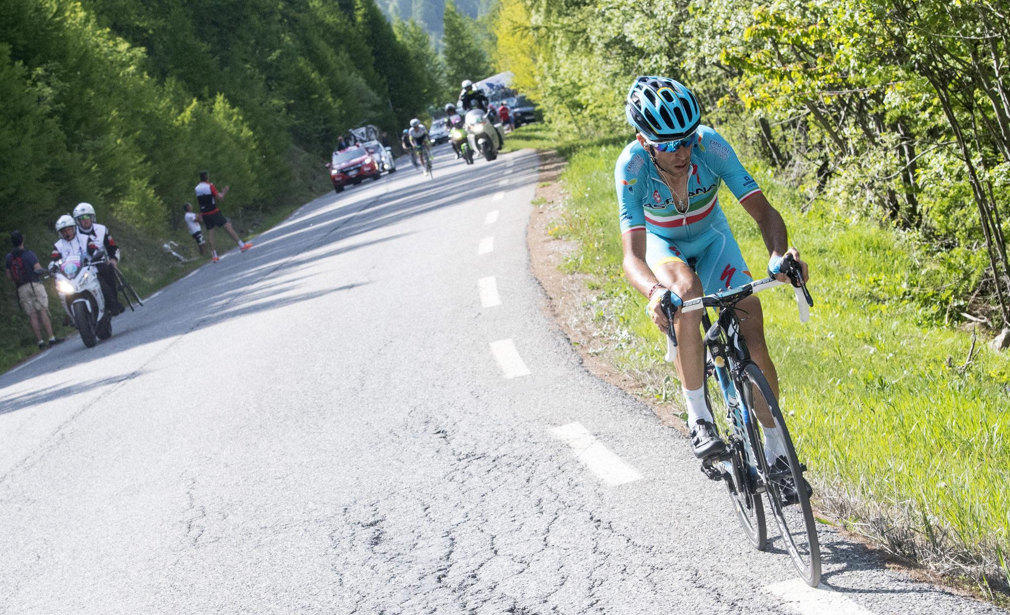 Nibali (Astana) headed to victory in Risoul. Photo by ANSA/CLAUDIO PERI