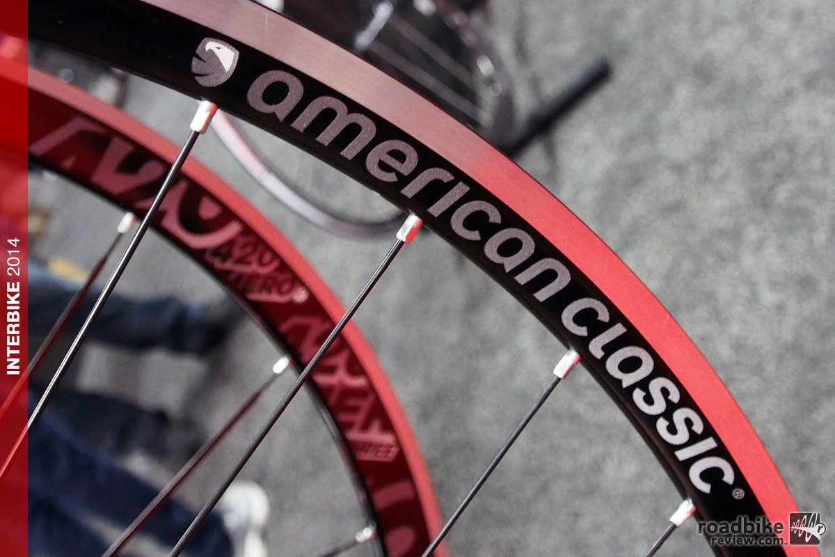 Photo: These $899 hoops have a 22mm rim width, CNC-machined brake track, and come in a variety of hole count combinations, including the go-to 28-front/32-rear.