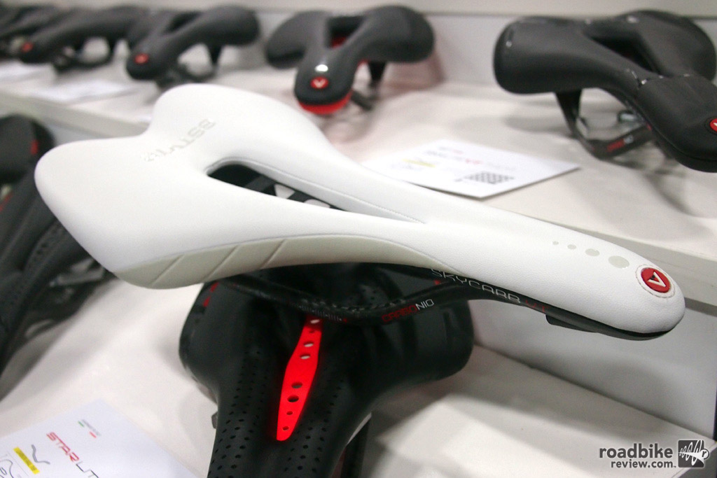 The Astute SkyCarb VT is a full carbon saddle with triple density memory foam and carbon rails.