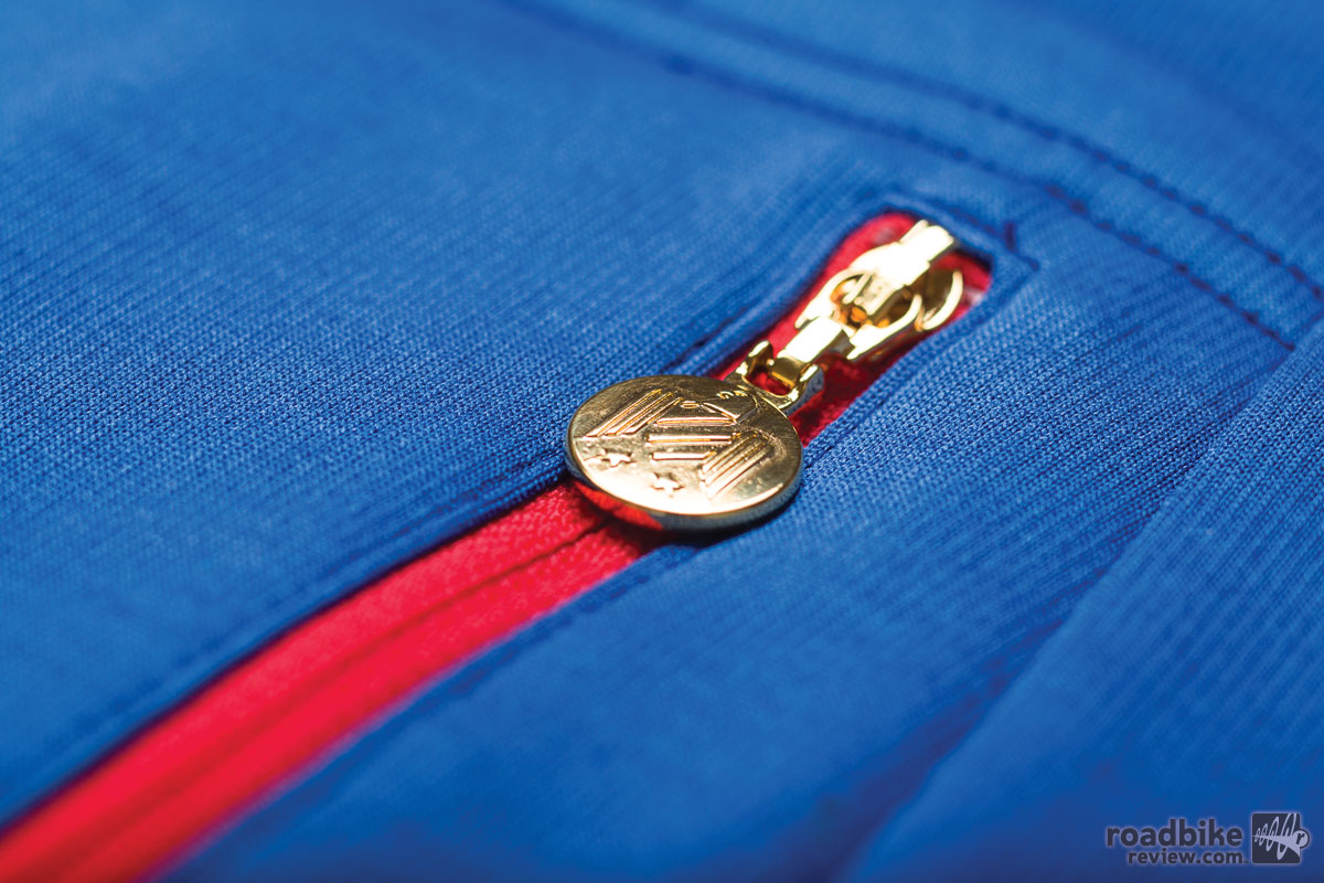 AW14-WCP01-Rapha-Wms-Carpenter-Special-Edition-Jersey-Blue-Detail-3