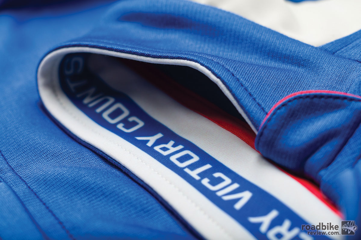 AW14-WCP01-Rapha-Wms-Carpenter-Special-Edition-Jersey-Blue-Detail-6