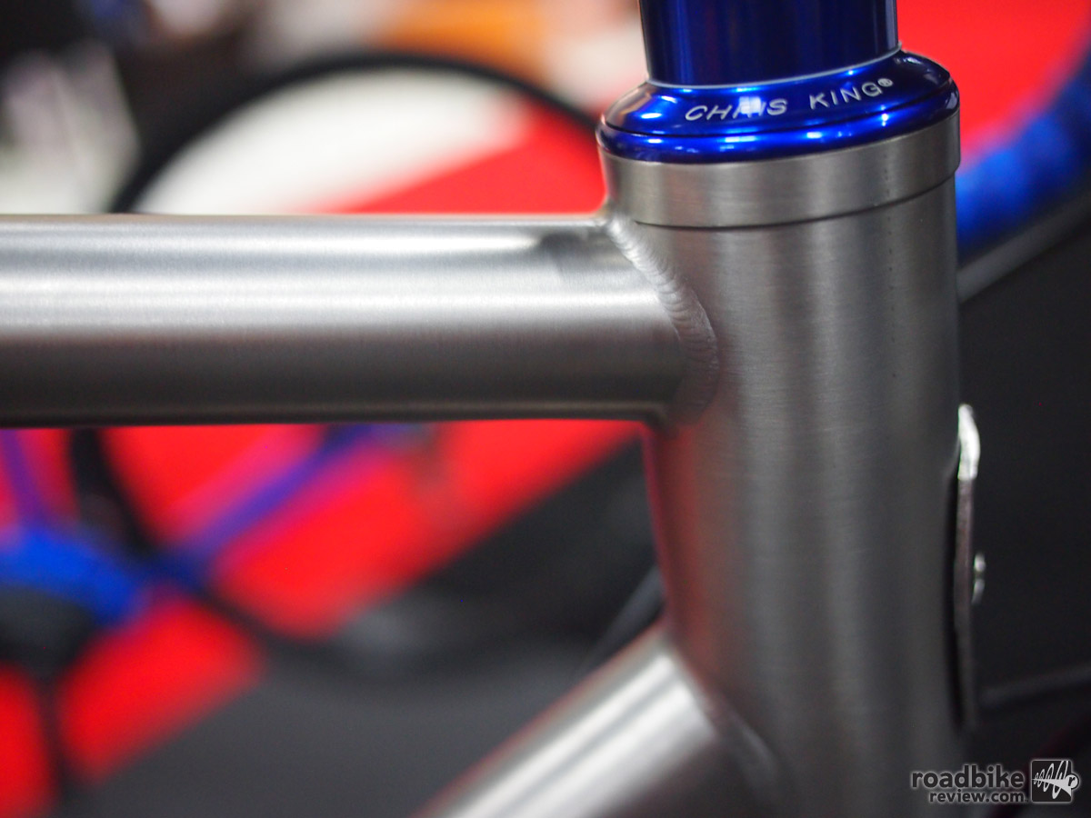 Nice welds on the head tube. The frames are sourced from Lynskey.