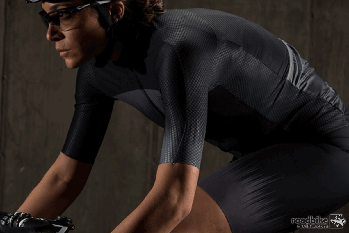 Pearl Izumi expands Aero apparel collection