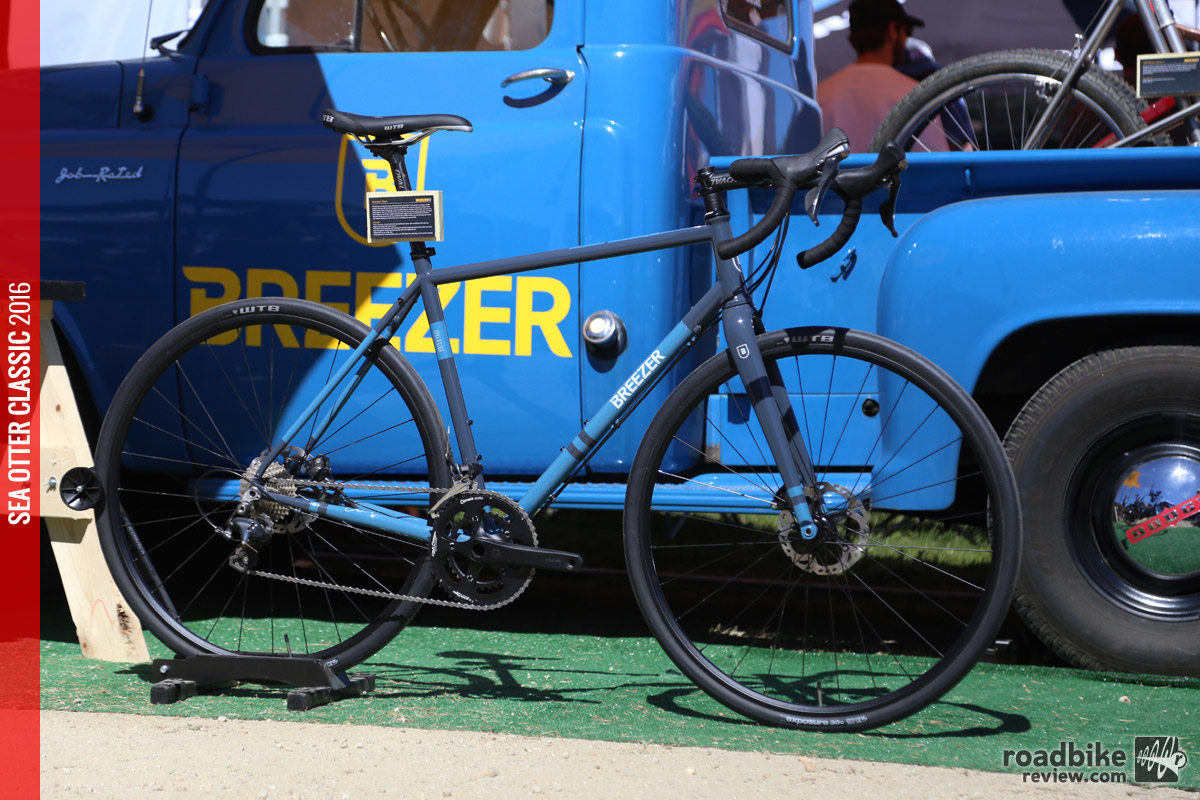The Inversion Team will have a full Shimano Ultegra kit with Praxis Zayante crankset, full hydraulic disc brakes and retail will be around $2000.
