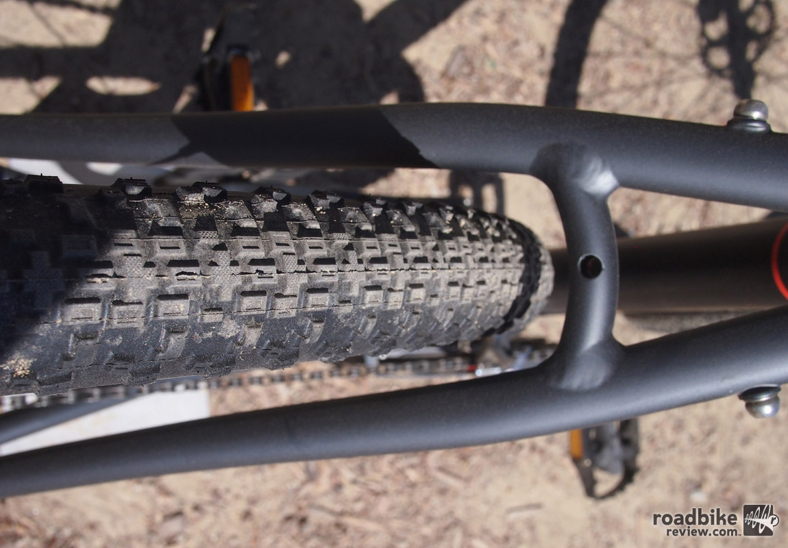 A shot showing the tire clearance of the Grinder 2 with Maxxis Rambler 40c tires.