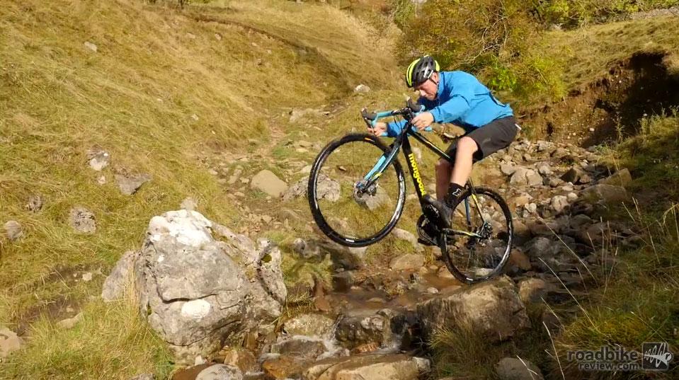 Chris Akrigg Rides Cross