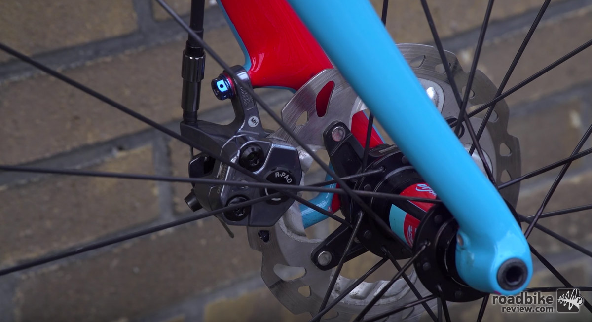 Compton runs mechanical disc brakes instead of hydraulic.