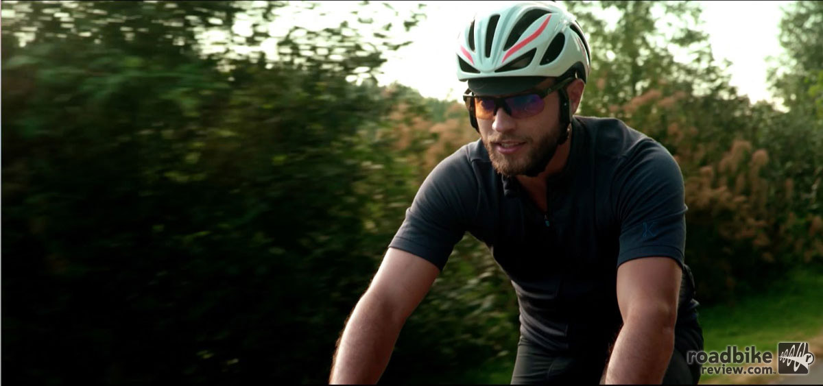 The LINX smart cycling helmet includes an emergency alert system that is triggered when the G-sensor senses significant impact, which sends an alert with GPS notification to a designated loved one. The helmet is Consumer Product Safety Commission certified in the U.S. and certified in Europe and Australia/New Zealand.