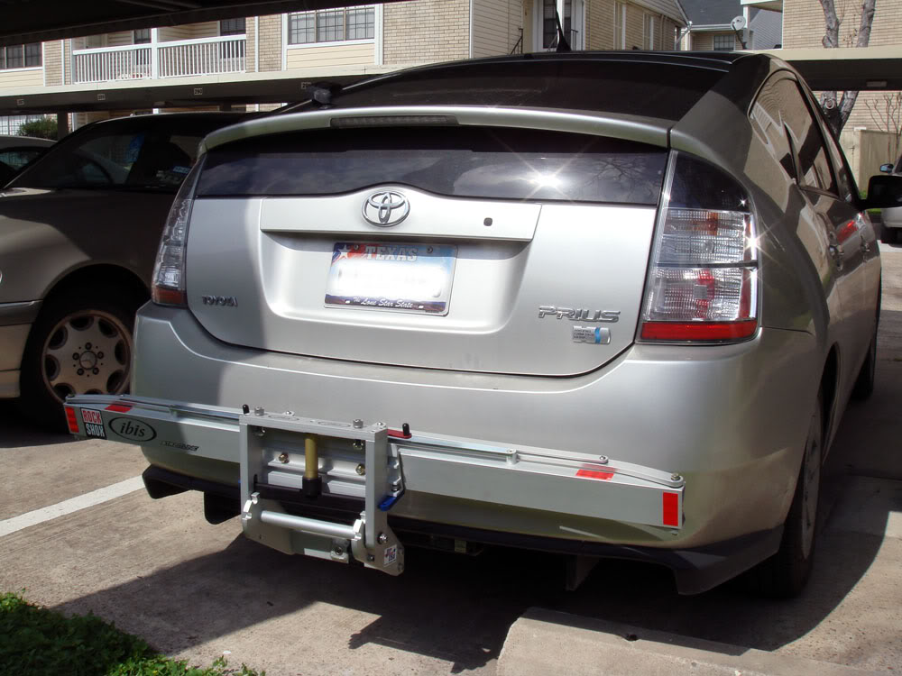 1up USA Bike Rack on Prius with low profile