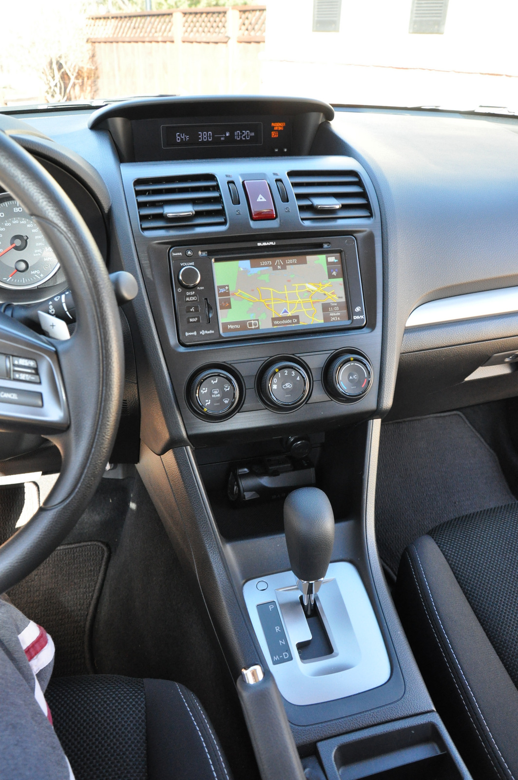 Subaru XV Crosstrek center console