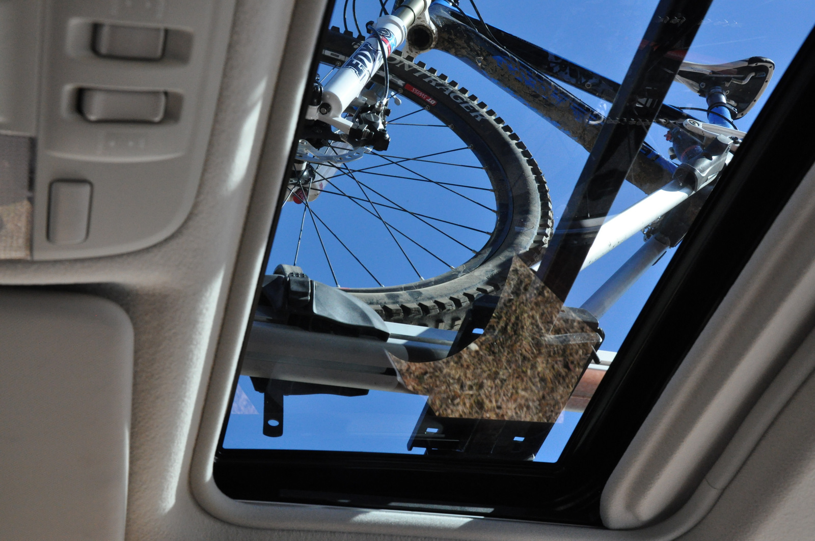 Subaru XV Crosstrek sunroof with bikes