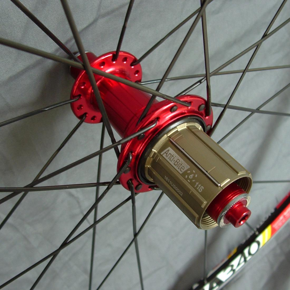 Stan's Alpha 340 rims on Bitex hubs from BHS with Sapim CX-Ray spokes-dscf0020.jpg