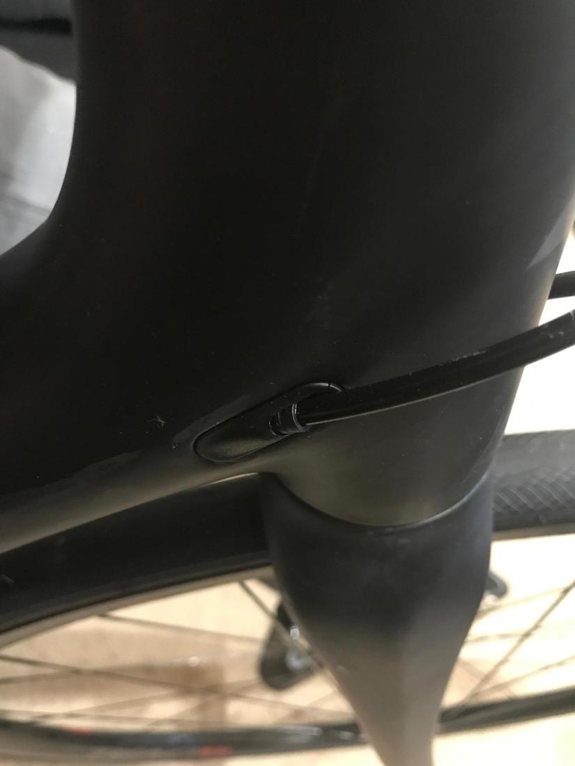 Questions about my new bike-fuji-frame-plug.jpg