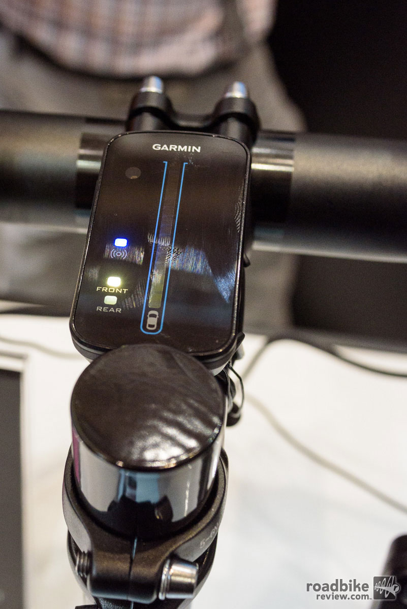 Garmin Varia Rearview Bike Radar – Radar Display unit with LED interface.