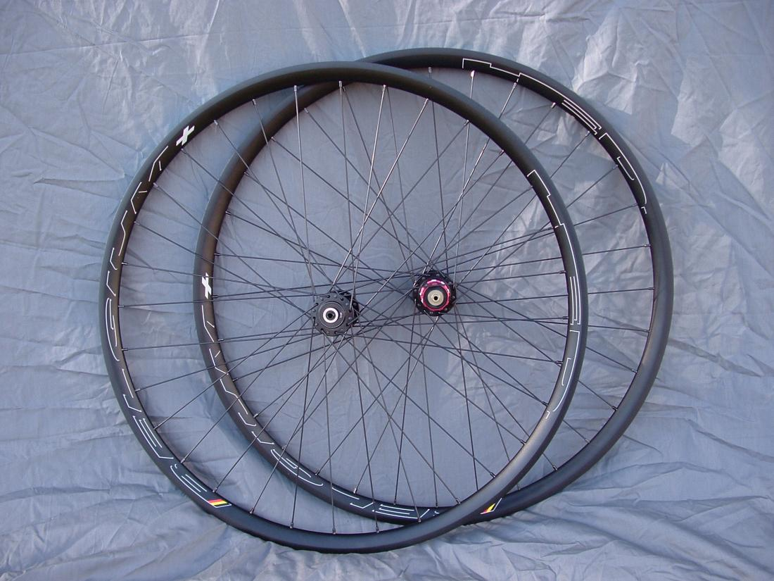 favorite rims for cyclocross?-hed-rims-novatec-hubs-1-.jpg