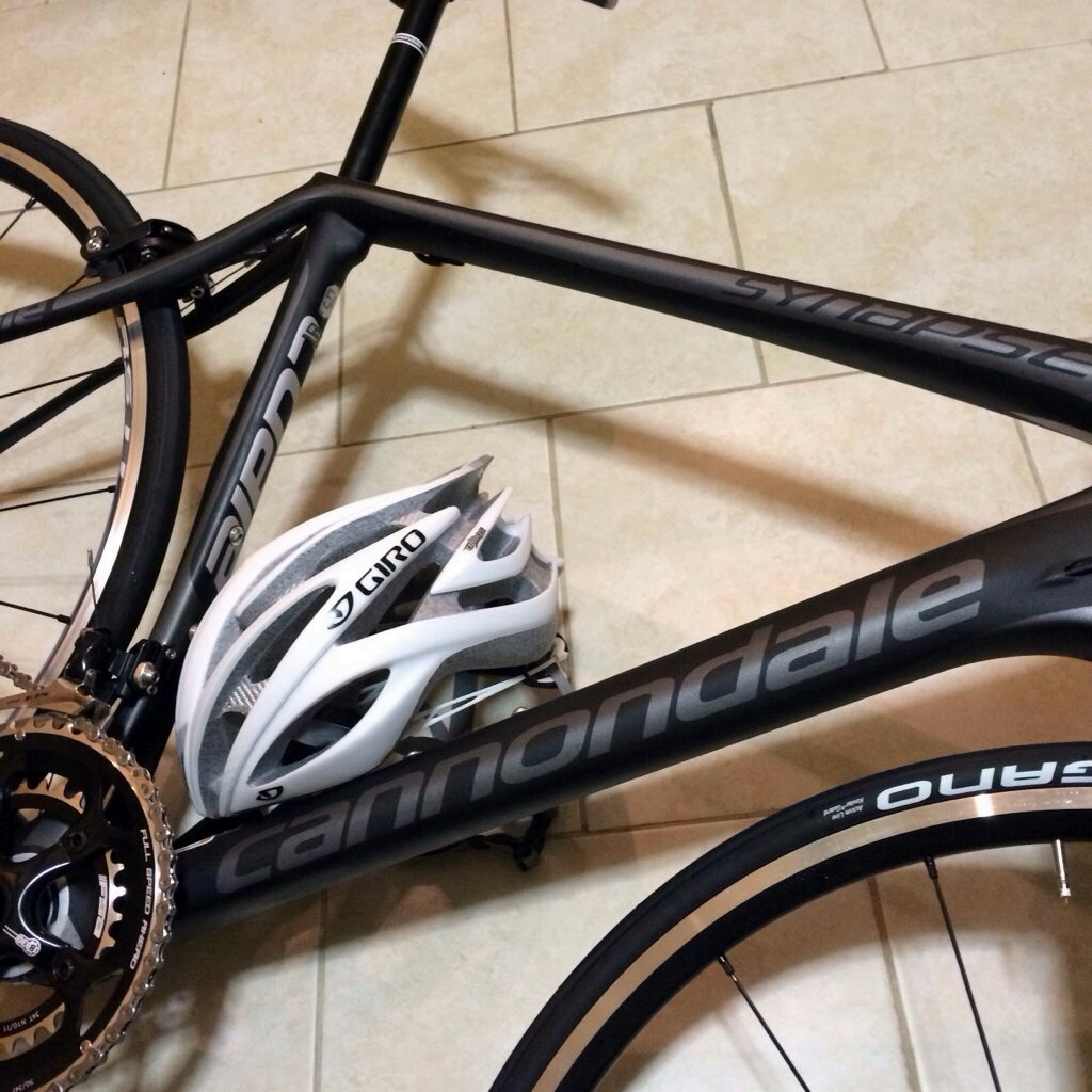 14a84444fb2 Help me pick my first road bike; Synapse Carbon 6 or SuperSix Evo 5