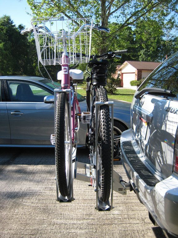 1up USA Bike Rack with cruisers