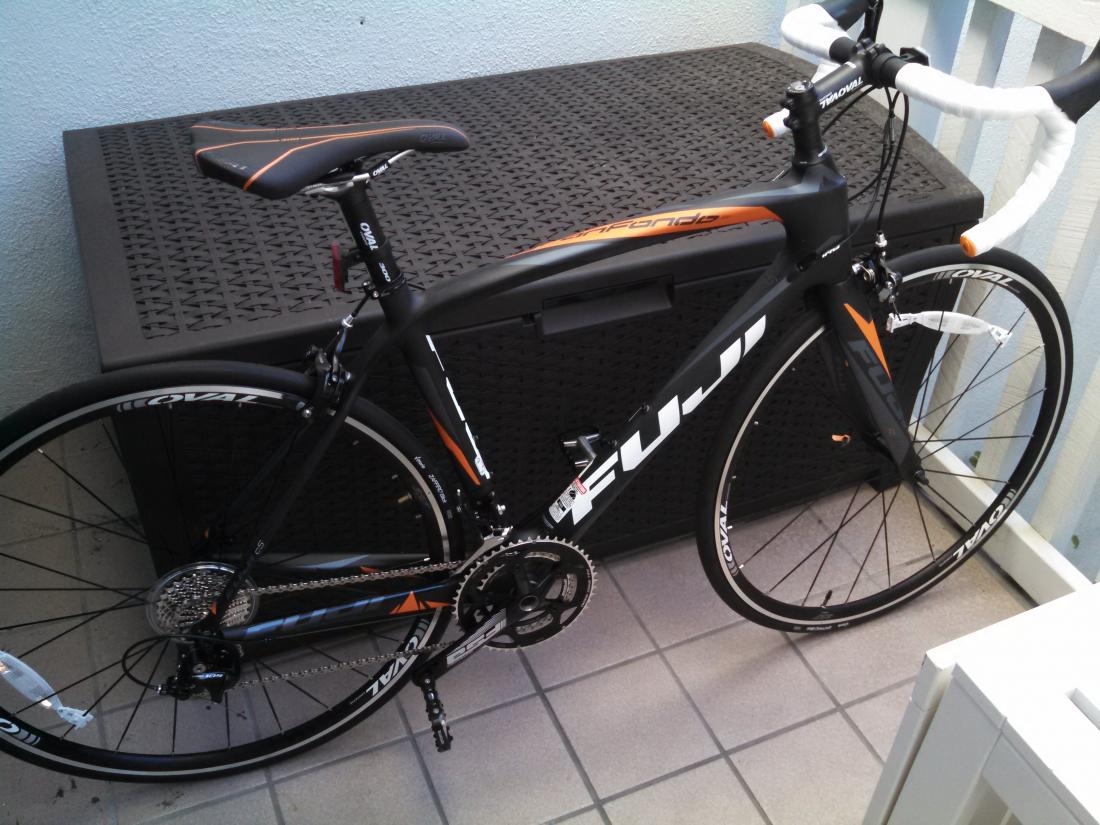Just bought the new Gran Fondo 3.0 LE from performance with 11 speed 105-img_20140722_184853_273.jpg