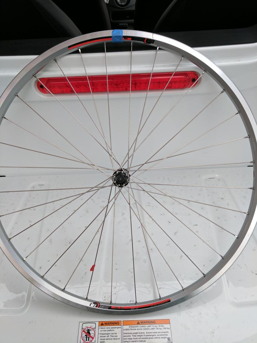Why isn't this front wheel build working?-img_20170317_123002.jpg