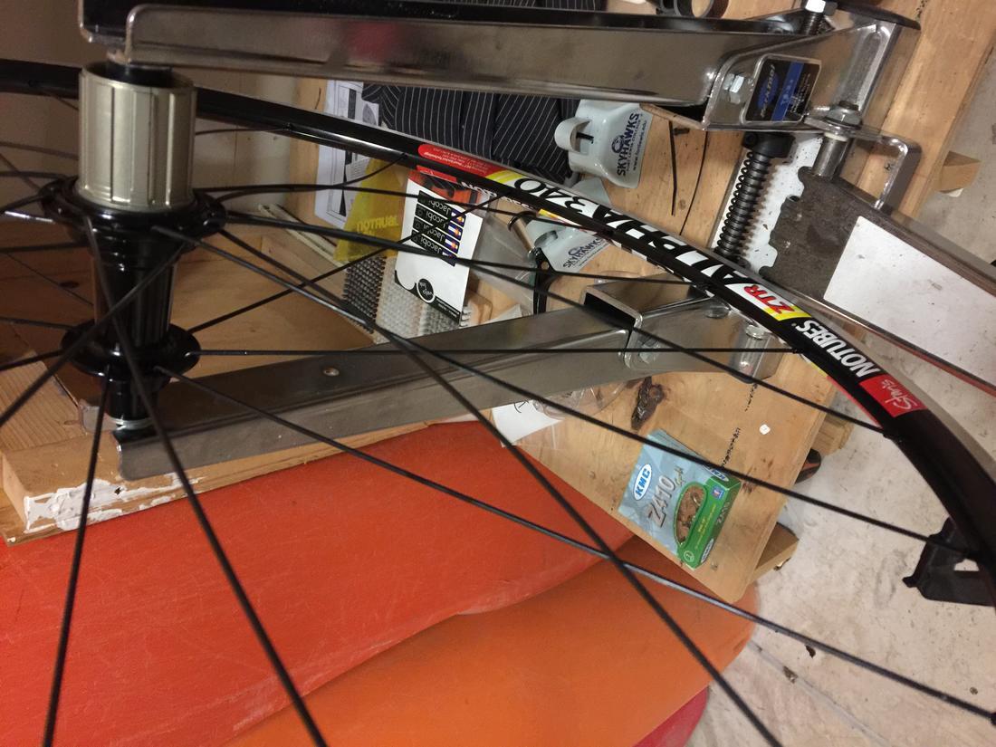 Help with lacing 16:8 wheel-img_5997.jpg