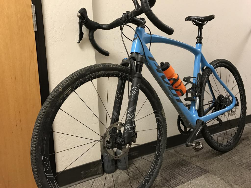 Interesting Pivot Cross Bike-img_6597.jpg