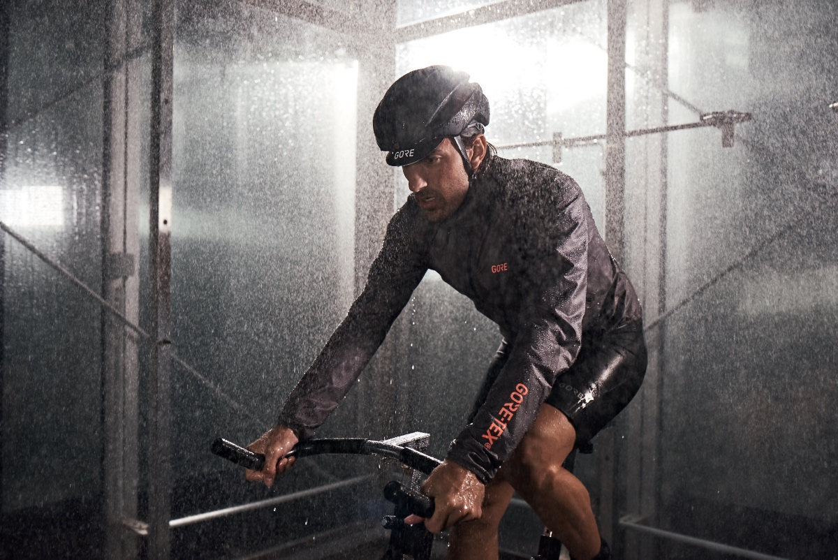 39db85ba2 GORE GORE-TEX Shakedry jacket now comes in colors | Road Bike News ...