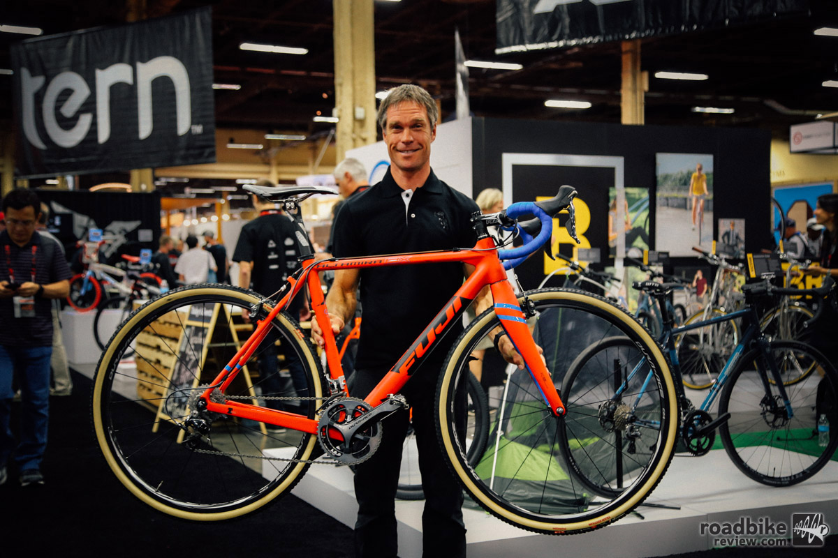 Jonathan Page with his custom Fuji Altamira.