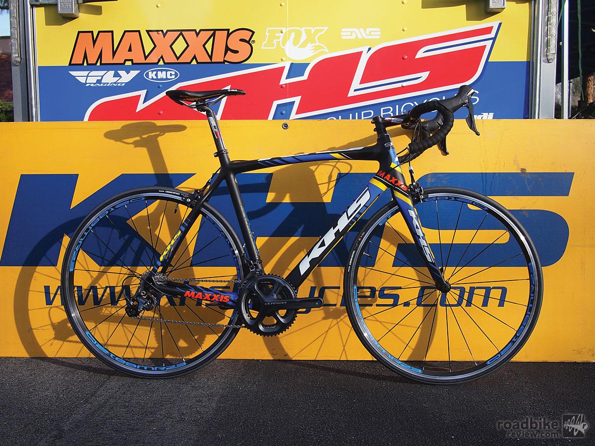 Ultegra level carbon road race bike.