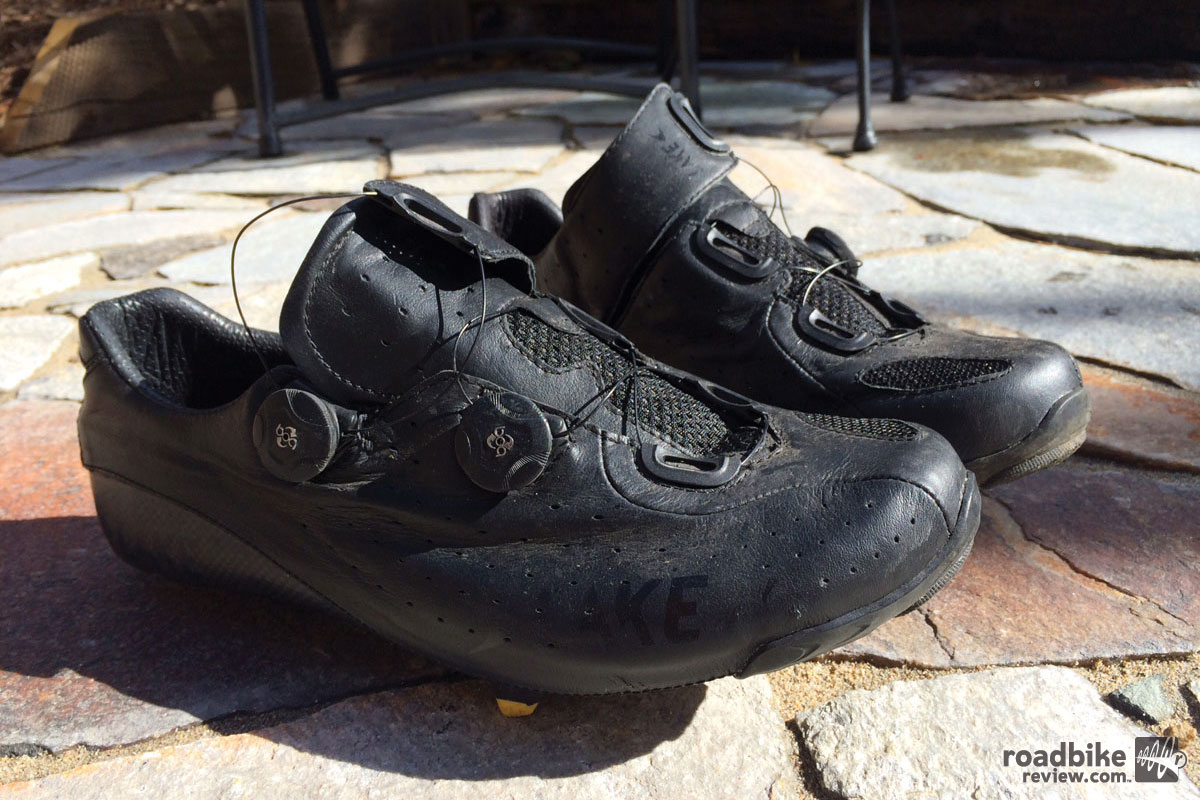 Review: Lake CX402 customizable carbon road shoes