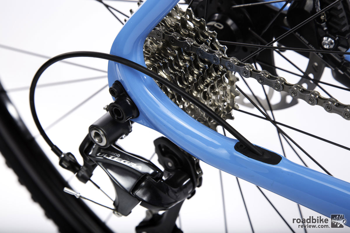 The complete bike gets a full Shimano Ultegra drivetrain.