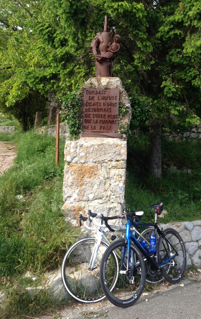 Post your carbon Trek bikes here-madone1.jpg