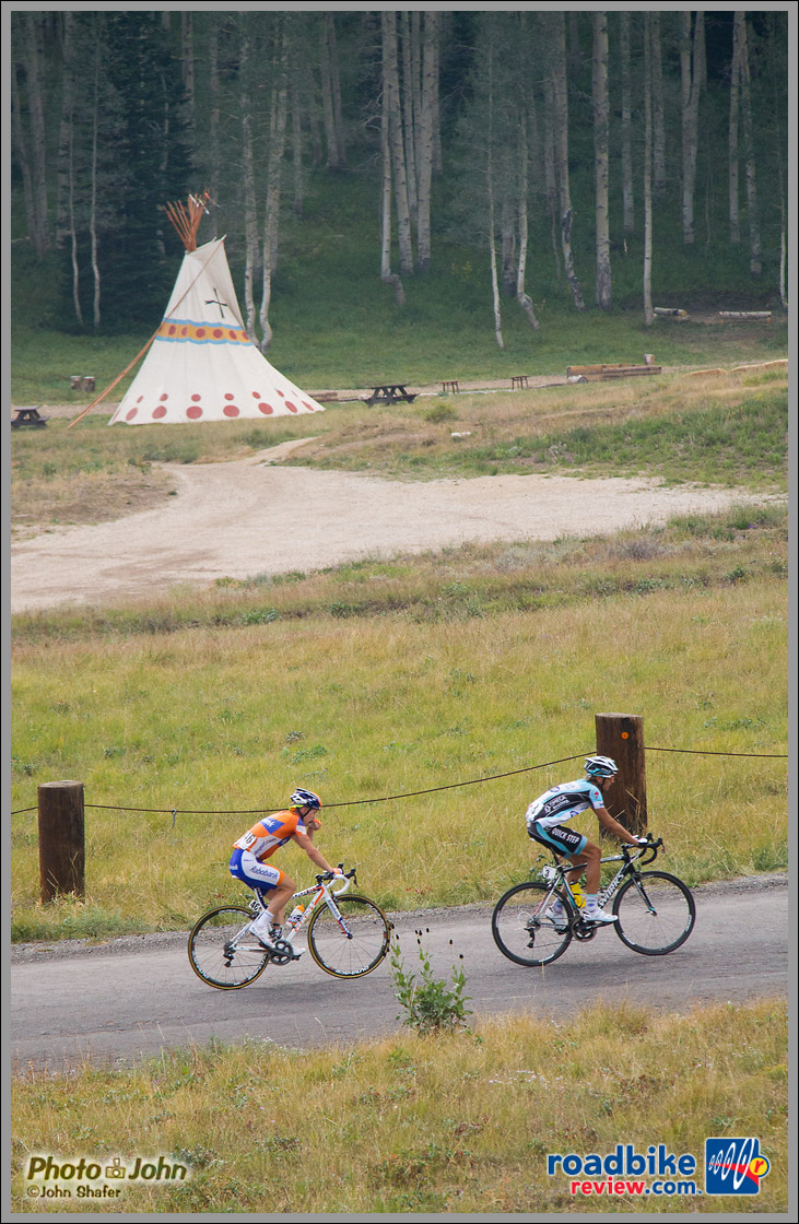 Martin Velits and Tom Jelte Slagter Pass A Tepee On Empire Pass