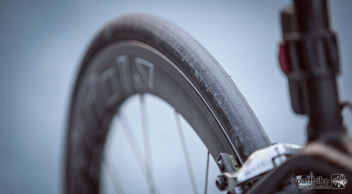 These tires are an excellent choice for road races or uphill time trials, especially due to the 215-gram weight for a 700x25c.