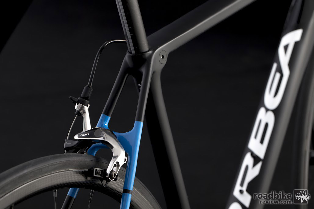 The all new 2017 Orbea Orca is available in both disc brake and caliper brake versions, the choice is yours.
