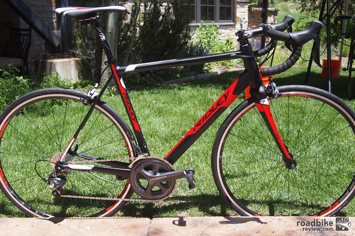 Ridley's Helium SLA is new for 2017 and it is now available in aluminum and will sell with a Shimano Ultegra groupset for $1999.