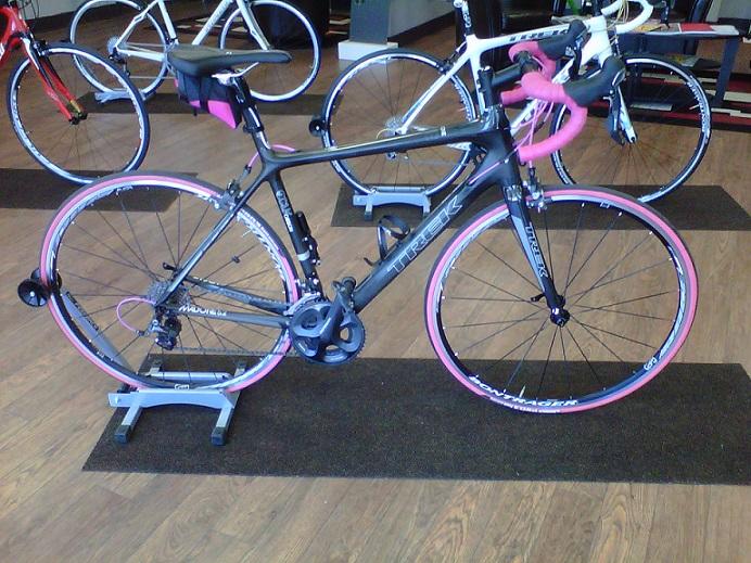 Black on black? Ladies, your opinions please!-pink-bike.jpg