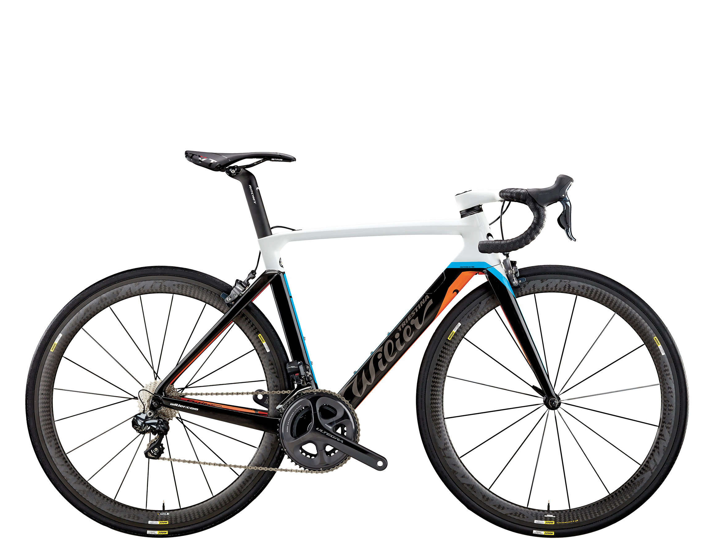 The new integrated aero bar ALABARDA allows you to run shifter cables inside the frame.