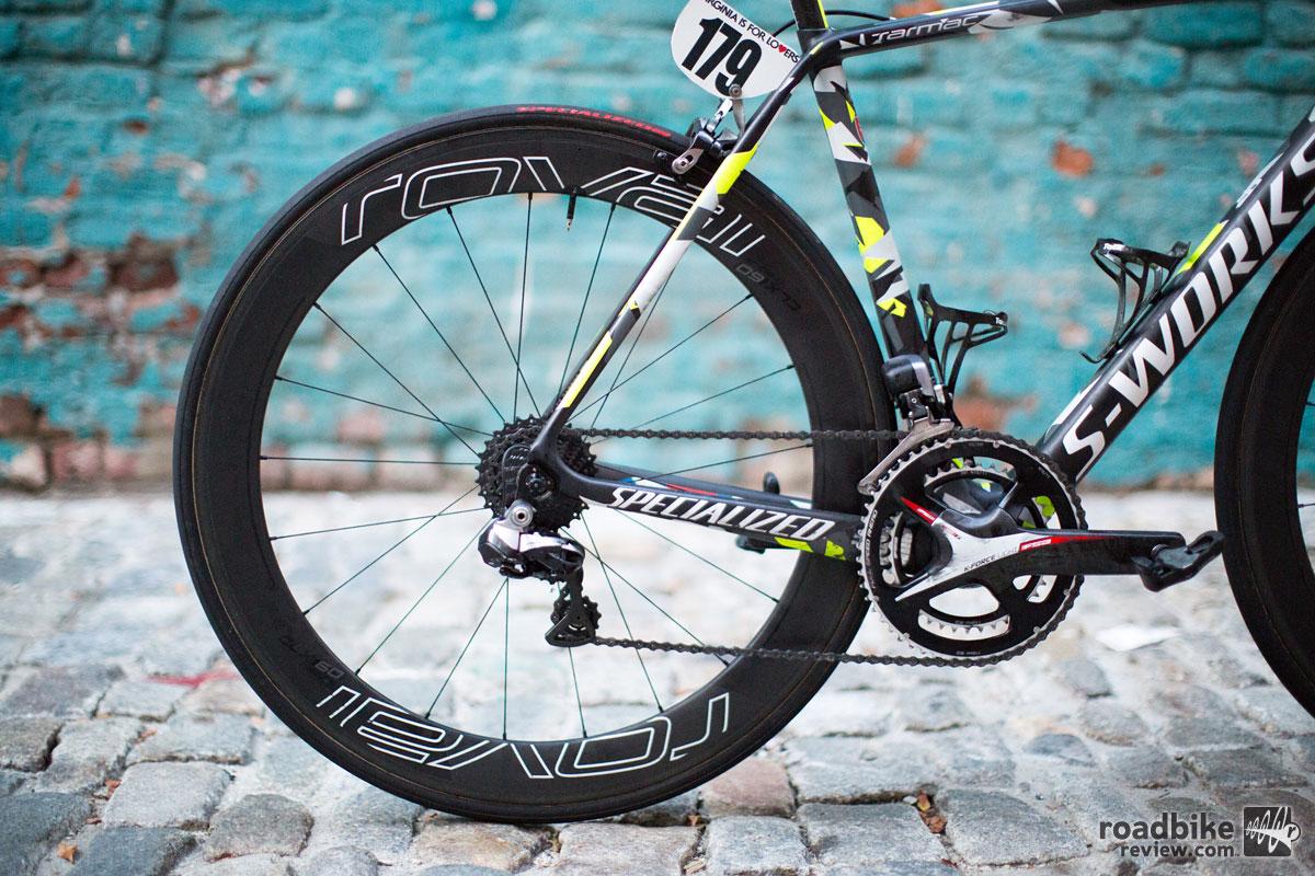 Wheels are carbon fiber Roval CLX 60.