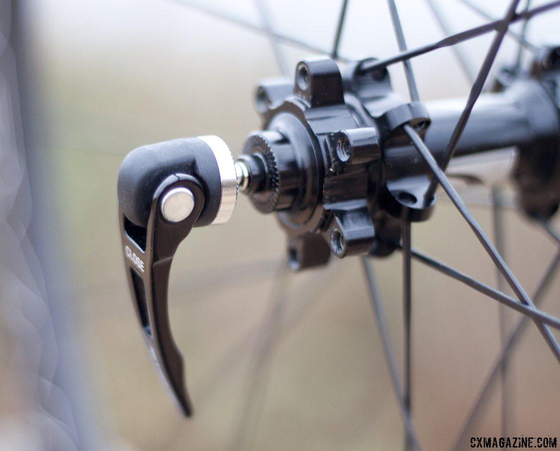 Reynolds Assault Carbon Wheel