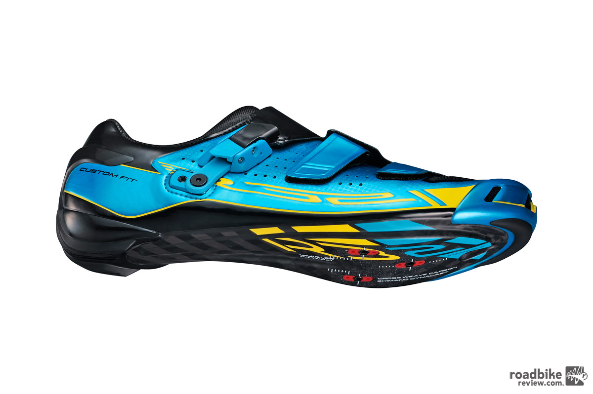 Shimano offers limited edition SH-R321B road shoe