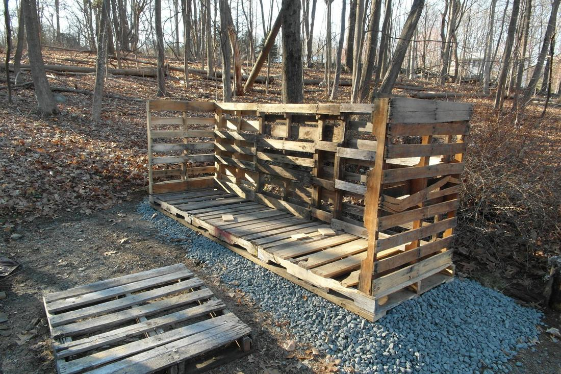 Channeling my inner Okie: Woodshed build-shed1.jpg