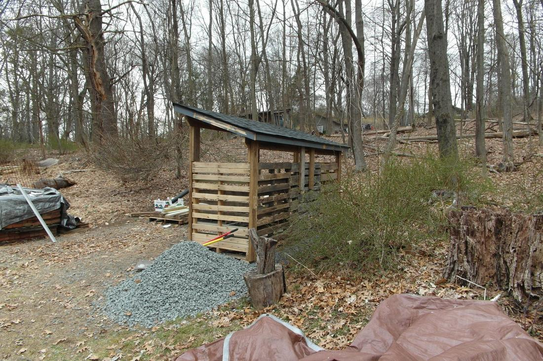 Channeling my inner Okie: Woodshed build-shed3.jpg