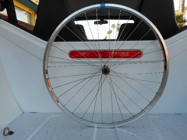 Why isn't this front wheel build working?-sscn0436.jpg